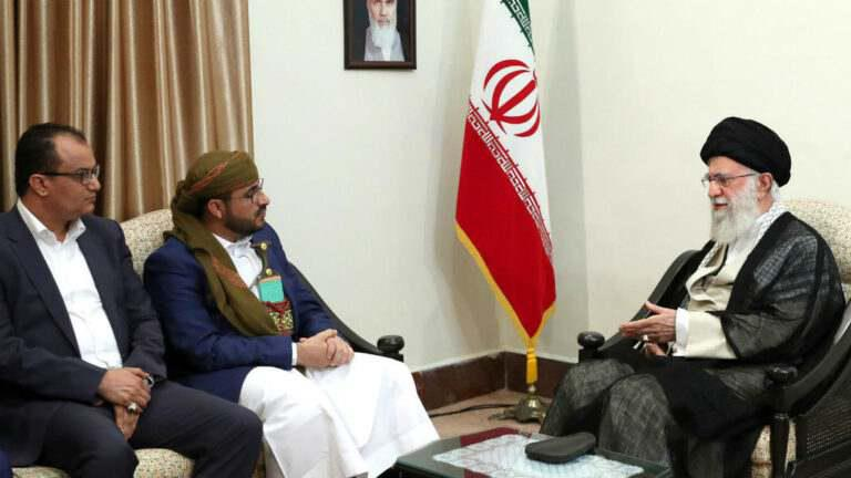 ifmat - Houthi delegation visit Khamenei to steal little remains in Irans treasury